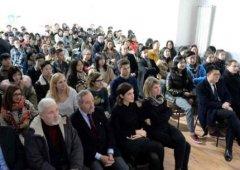米兰举办留学生安全知识讲座 强化平安留学